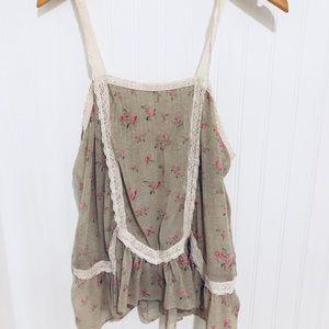 Anthroplogie Free Peoplw vintage rose lace top M